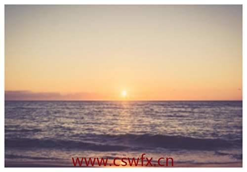 描写海边夕阳西下的唯美句子
