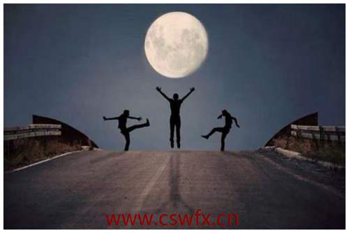 描写月亮相思的句子