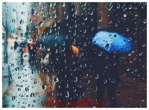 描写下雨的忧伤句子