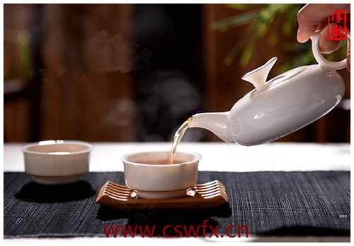 描写喝茶的唯美句子