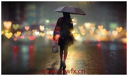 描写雨中漫步的句子