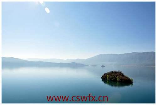 描写泸沽湖的美句子