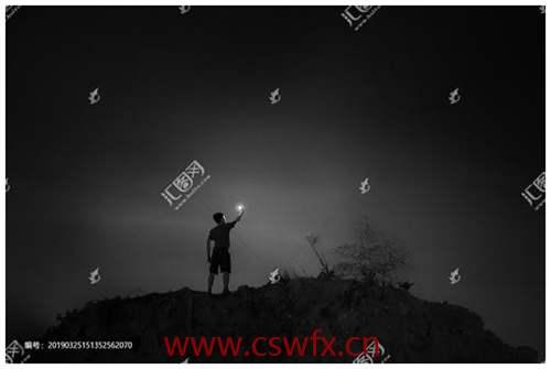 描写黑夜与孤独的句子
