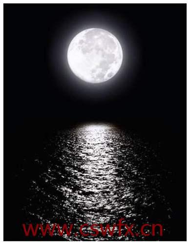 描写初秋的月亮的句子