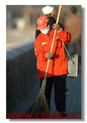 描写保洁工人的句子
