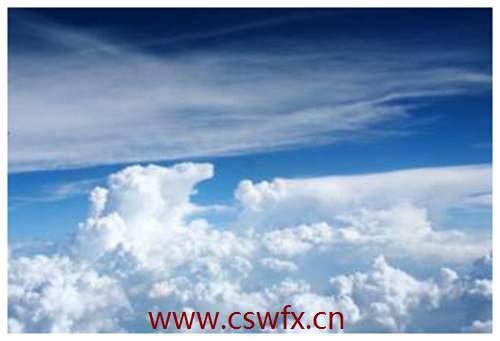 描写天空的云句子 句子大全 第3张